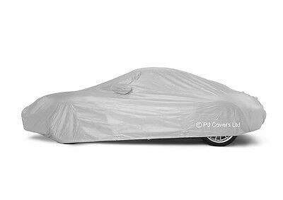 Lightweight Outdoor/Indoor Car Cover for Ford Focus RS MK2