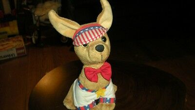 """Vintage Talking Taco Bell Chihuahua French Pup says """"Mi Amore' you are so sweet"""""""