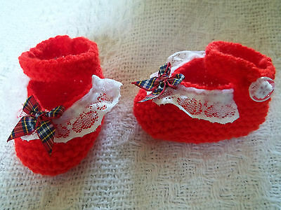 BN HAND KNITTED TEDDY CLOTHES SHOES WITH LACE TO FIT APPROX 11 TO 12 INCH BEAR
