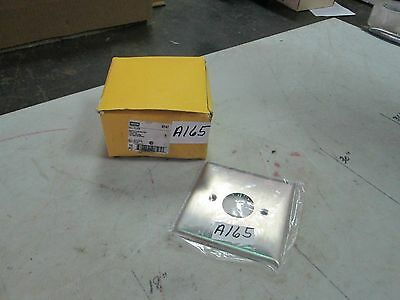 Hubbell Smooth S/S Wall Plate S747 2 Gang Centered 1.40 Dia Opening Lot of 3 NIB