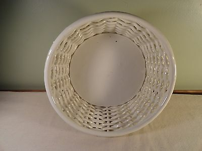 PORCELAIN CERAMIC WOVEN WHITE BASKET MARKED GOODFRIEND MADE IN SPAIN