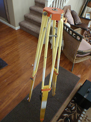 WOOD AND ALUMINUM EXPANDING SURVEY TRIPOD - GREAT USABLE CONDITION