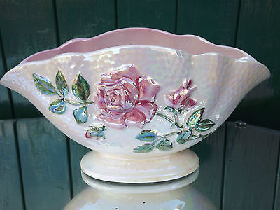 Large Maling pink lustre flower display vase with pink roses