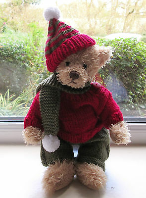 """BN HAND KNITTED TEDDY CLOTHES 4 PIECE WINTER OUTFIT TO FIT A 11"""" BEAR"""