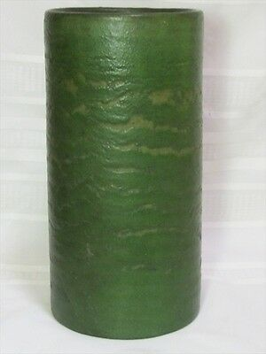 GRUEBY POTTERY, CURDLED LEATHERY MATTE GREEN CYLINDRICAL VASE, GREAT GLAZE~~~