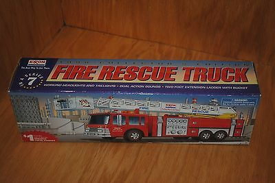 EXXON 1998 FIRE RESCUE TRUCK, With Tony-The-Tiger Key Chain. New In Box