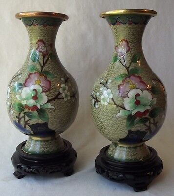 """Impressive Pair Of Antique Chinese Cloisonne Vases With Display Stand 8-1/2"""" T"""