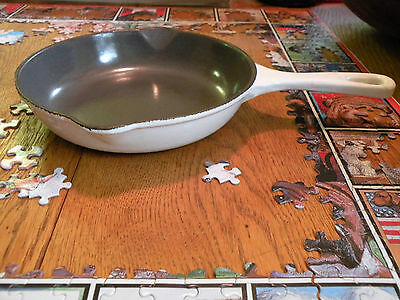 Vtg Le Creuset 20 7 1/2 Skillet Fry Pan Spouts France Graniteware Cast Iron