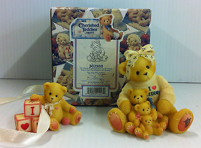 Cherished Teddies IF A MOM'S LOVE COMES IN ALL SIZES 302988 Teddy Bears New