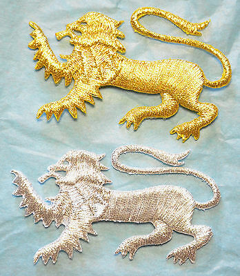 Lion Passant  Embroidery Motif Iron/sew On Patch Badge Silver/Gold Lion England