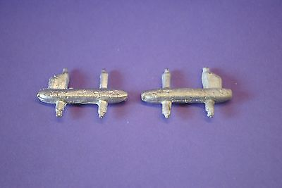Dinky Singapore Enigine No.60h  x2 white Metal Casting / spare parts