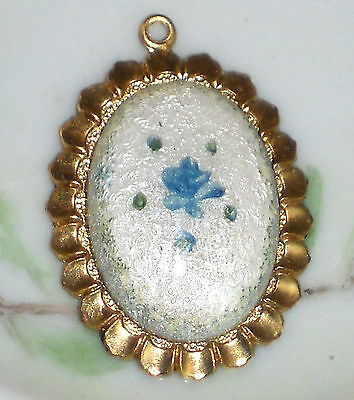 #100M Vintage Guilloche Pendant gold Tone Blue Flower Rose Hand Painted NOS Red