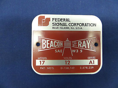 Federal Sign and Signal Model 17 Square Later Style Beacon Ray Replacement Badge