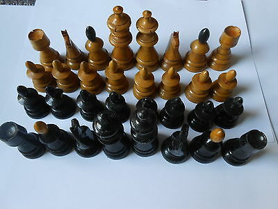 Vintage Coffee Hose Style Nicely carved Wood Chess Complete
