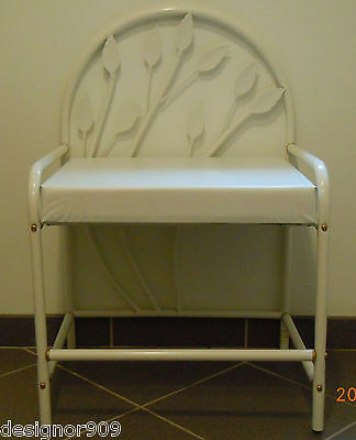 NWOT - White metal vanity bench with leaves on back side & stems on bottom EUC!