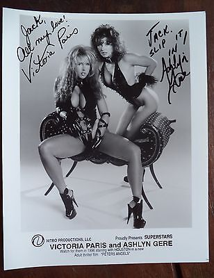 "VICTORIA PARIS/ASHLYN GERE HAND SIGNED 8""x10"" PROMO PHOTO 1996 SUPERSTARS"