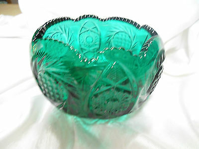 Vintage pressed green glass decorative bowl classic design really nice
