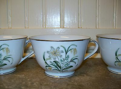 Sone China JAPAN Teacups - 4 Cups Wheat Floral Platinum Trim Pattern 6027 Rare