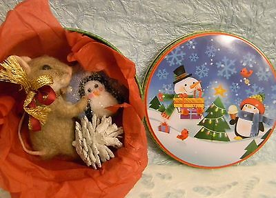 Art by Lubastudio NEEDLE FELTED MOUSE PENGUIN COOKIE TIN BOX CHRISTMAS GIFT NEW