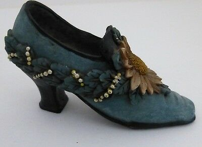 Vintage Style Teal Green Beads and Daisy Shoe Figurine Detailed