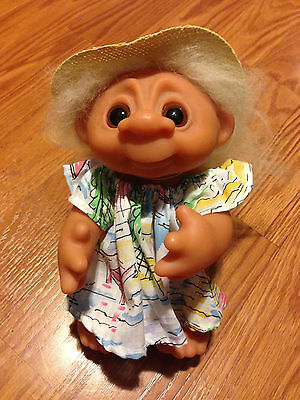 """Troll Doll 9"""" Thomas Dam Norfin dress and straw hat Made in Denmark 1985 604"""