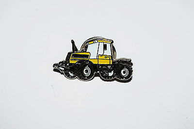 JCB Fastrac Yellow Tractor Pin Badge Gift Collectable Novelty Pin Badge Enamel