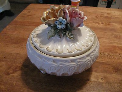 "CAPODIMONTE PORCELAIN COVERED FOOTED BOWL :  8"" WIDE 7"" HIGH"