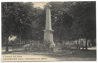 """CPA """" CHAUMERGY - Monument aux Morts"""