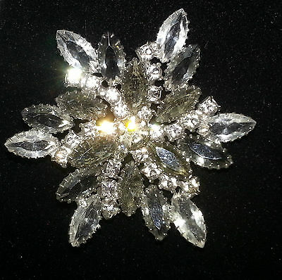 Antique Clear/Gray Crystal Snowflake design Cocktail Brooch/Pin