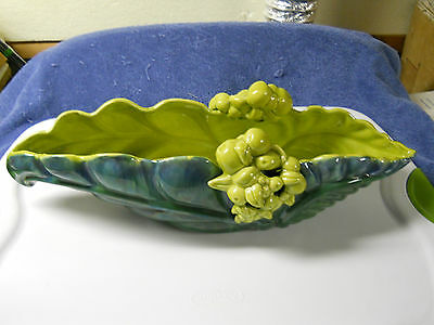 VINTAGE ROYAL HAEGER R821 ART EXPERIMENTAL CENTER BOWL WITH APPLIED FRUIT-GREEN