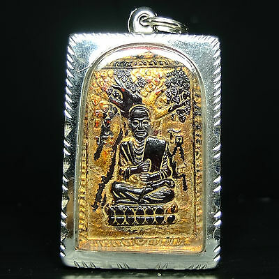 Beautyfull Violet glass carved Phra Somdej Toh Wat Phra Kaew Thai Buddha Amulet