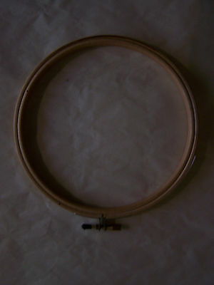 Wood Embroidery Hoop With Round Edges choice/size