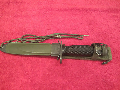 US M1-Carbine Plastic Handle Bayonet Camillus with Scabbard