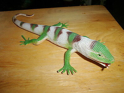 IGUANA LIZARD ? MULTI COLORED MEASURES ABOUT 12 1/4 INCHES FROM CHINA