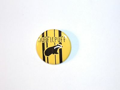 Harry Potter Button Pin- #08 Hufflepuff