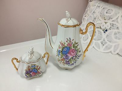 Hand Painted Tea Pot & Sugar Bowl from Portugal with COA