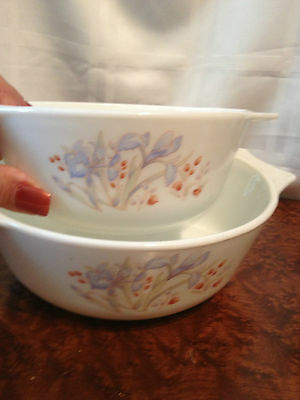 PYREX SET OF 2 NESTING BOWLS WITH HANDLES WHITE WITH FLORAL DESIGN