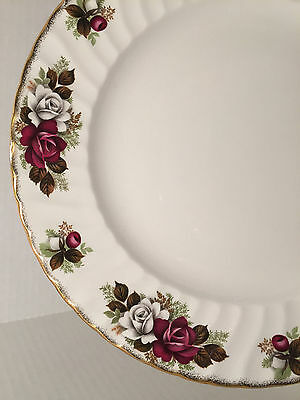 "VINTAGE H AYNSLEY STAFFORDSHIRE PORCELAIN 10"" DINNER PLATE RED WHITE ROSES"