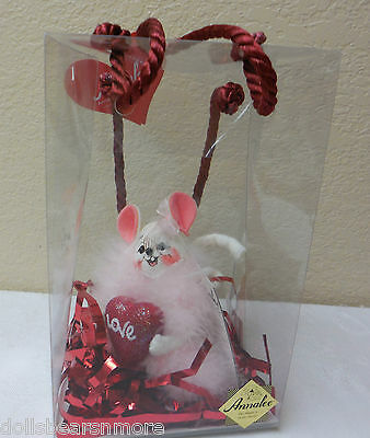 "2006 Annalee 4"" ""FLUFFY LOVE VALENTINE MOUSE"" Figurine #031106 FREE SHIP NWTMWT"