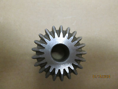 """New Other, Boston L120Y Steel Miter Gear, 12 D.p., 21 Teeth, 9/16"""" Bore Size."""