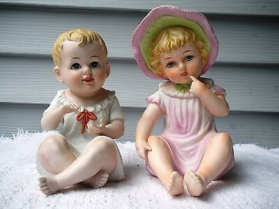 VTG  PIANO BABY 2 Figurines Bisque Porcelain Boy & Girl Sitting Andrea by Sadek