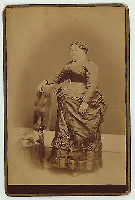 RARE  1880s Cabinet Photo -  Large Woman - Strange Hands - Circus Freak show ?