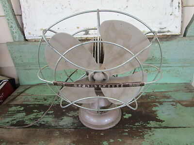 Vintage 1950's Westinghouse Oscillating Metal Desk Fan Cat. No. 10LA4