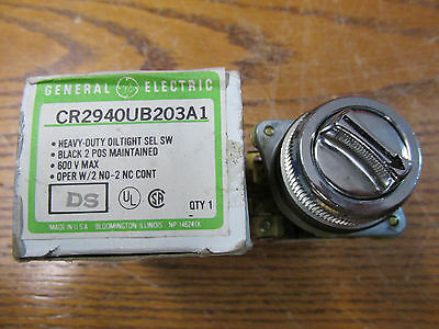 NEW NOS General Electric CR2940UB203A1 Oil Tight Selector Switch 600V Heavy Duty