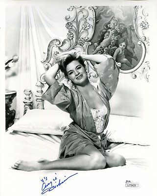 ANGIE DICKINSON HAND SIGNED 8x10 PHOTO    YOUNG+SEXY ACTRESS      JSA