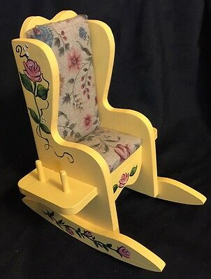 Vintage Wooden Rocking Chair Sewing Thread Holder Pin Cushion Hand Painted CUTE!