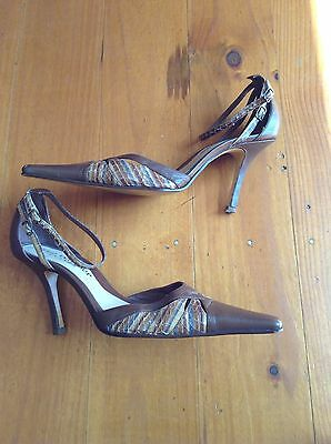 ladies brown genuine leather shoes heels stilettos size 8.5 by Zoe Wittner
