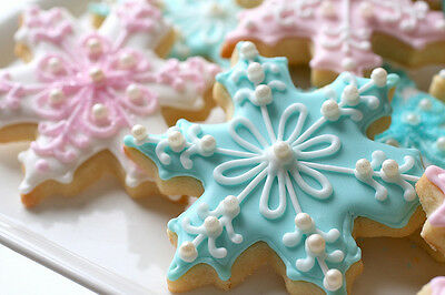 Snow Flake Cookie Cutter 5 In ( Disney Frozen )