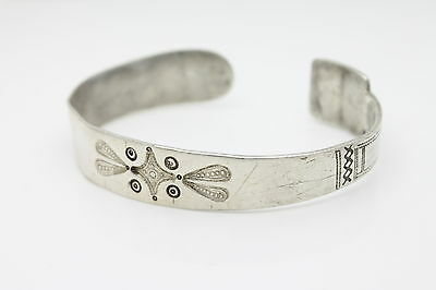 Unusual Vintage Sterling Silver Tribal Cuff Bracelet w Foreign Hallmarks
