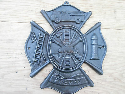 Cast Iron Antique Style Fireman Emblem Sign Plaque Wall Mounted Fire Fighter